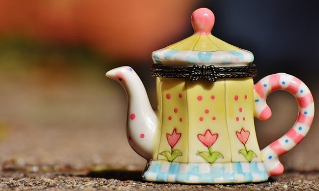 13 Tea Gifts That Afternoon Tea Fans Will Love