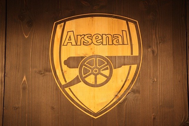 33 Gooners Arsenal Gifts for Loyal Fans